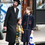 640px-Satmar_community_Williamsburg_brooklyn_new_york